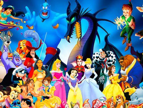 Diferentes personajes de Disney en la misma imagen